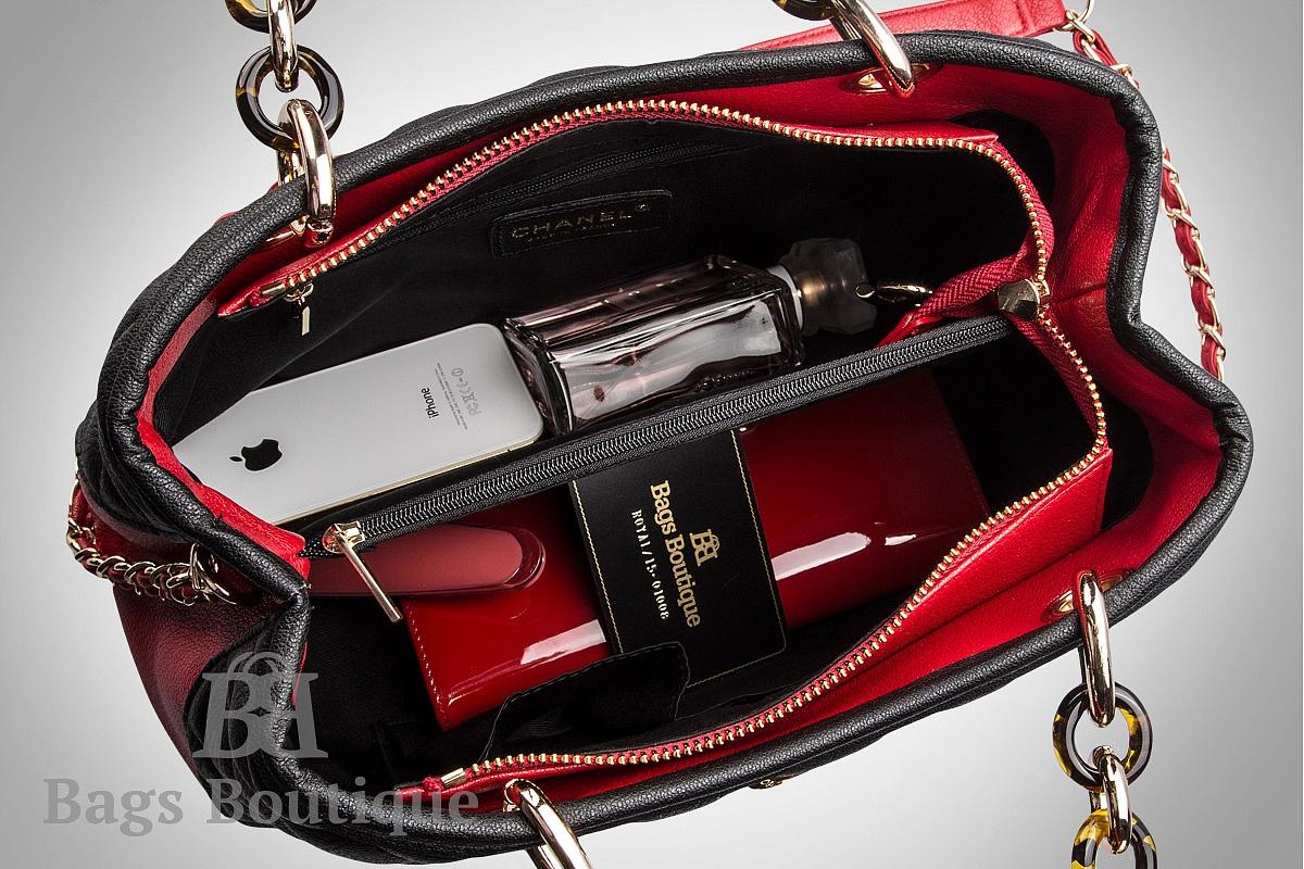 Вместимость сумки Chanel Shopping Bag